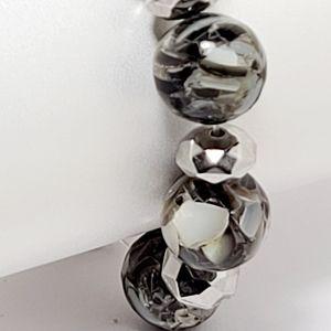 Fine Jewerly Jewelry - Fine jewerly, crystal beads bracelet.